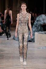 Iris-Van-Herpen_SS16_Womenswear_Haute-Couture_dezeen_936_20